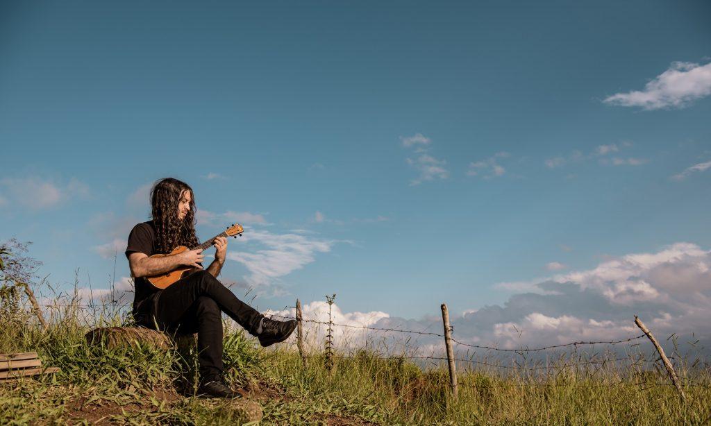 João Tostes - Mestre do ukulele brasileiro